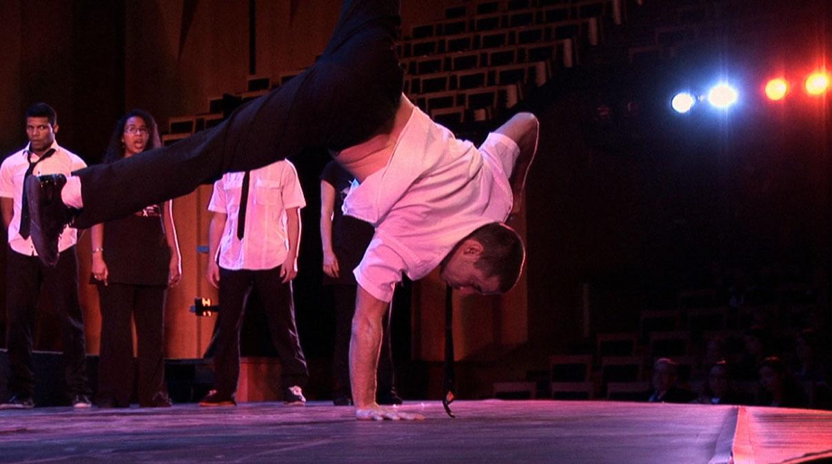 Maxime Vicente, danseur de la Cie Pockemon Crew.