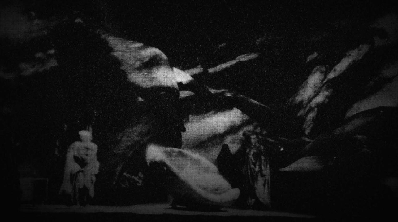 Pélléas et Mélisande mis en scène par Louis Erlot à l'Opéra de Lyon, avec des décors et costumes de Janoir (1962).